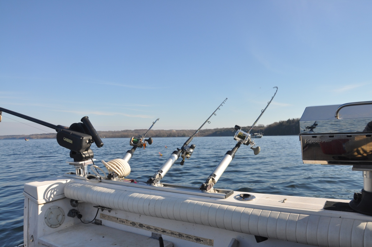Choosing your walleye rods reels and line bay of for Walleye fishing pole
